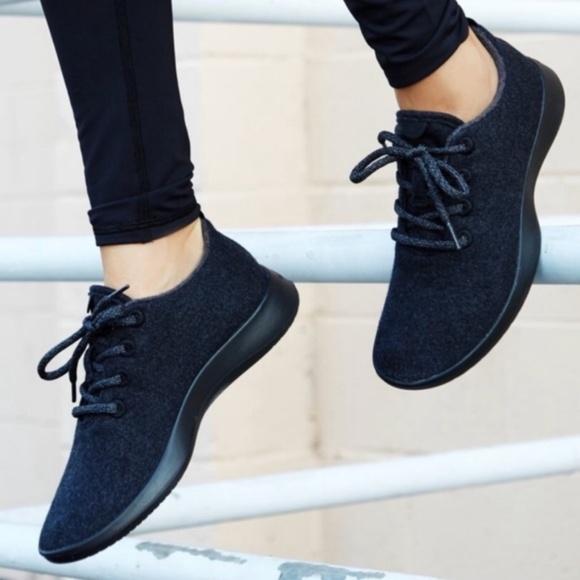 Allbirds Natural Black Wool Runners Sz